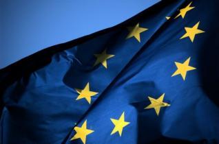 Η Ευρωπαϊκή Ένωση ετοιμάζεται να απαντήσει στις κυρώσεις των ΗΠΑ