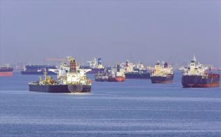 «Ρότα» μείωσης ακολουθεί το παγκόσμιο θαλάσσιο εμπόριο