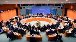 Διάσκεψη του Βερολίνου: Συμφωνία κατάπαυσης του πυρός και τήρησης του εμπάργκο όπλων