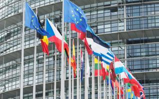 Σκληρή στάση της Ε.Ε. με περιβαλλοντικούς φόρους