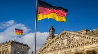 """Ένας στους δύο Γερμανούς υπέρ της γερμανογαλλικής πρότασης για ευρωπαϊκό """"ταμείο ανασυγκρότησης"""""""