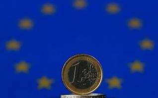 Ευρώ, το παιδί ενός «γάμου» με προβλήματα