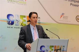 Χοκστάιν: Η Ελλάδα να εκμεταλλευθεί το παράθυρο ευκαιρίας στην ενέργεια
