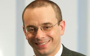 Πολ Ντόνοβαν: «Πολιτικό και όχι οικονομικό το ζήτημα ελάφρυνσης του χρέους»