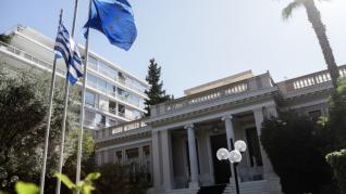 Υπουργικό συμβούλιο, με αιχμή την ψήφο των Ελλήνων του εξωτερικού