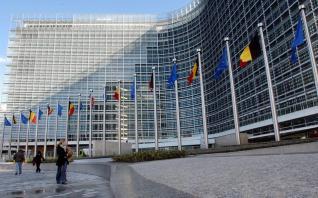 Τι υιοθετεί η Κομισιόν: Ποιοι και γιατί αντιδρούν στη γαλλογερμανική πρόταση