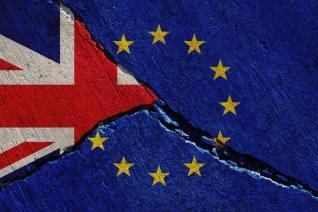 Επιφυλακτικές οι Βρυξέλλες στο νέο σχέδιο Johnson - Επιμένει για Brexit στις 31/10