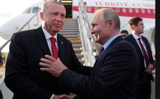 Στην Μόσχα προσκαλεί τον Ερντογάν ο Πούτιν