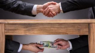 Καλά κρατεί η διαφθορά στην Ελλάδα – Τι αποκαλύπτει το Ευρωβαρόμετρο
