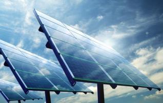 Ενεργειακό χρηματιστήριο: Ο ανταγωνισμός έριξε την τιμή του ρεύματος κατά 5,58 € / MWh