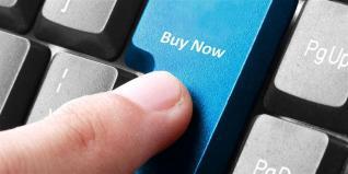Εκτόξευση στις e-πωλήσεις τον Απρίλιο