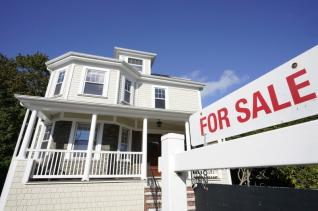 Benchmark U.S. 30-year mortgage drops to record low 2.66%