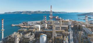 Ιστορικό ρεκόρ κερδών για τα Ελληνικά Πετρέλαια