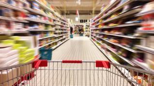 Διαψεύδονται οι προσδοκίες για την κατανάλωση
