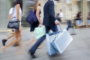 ΕΛΣΤΑΤ: Μειωμένος κατά 5,6% ο τζίρος του λιανεμπορίου το γ' τρίμηνο