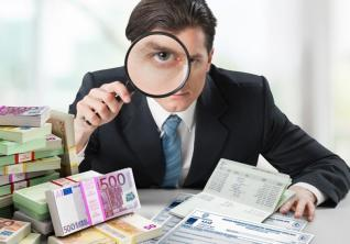 Έλεγχος των εταιριών του FTSE 25 μόνον από διεθνή ορκωτό;