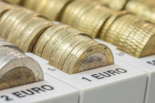 Ξεπέρασαν κατά μισό δισ. ευρώ τον στόχο τα φορολογικά έσοδα στο 7μήνο