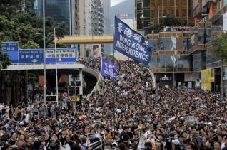 «Πυρά» Κίνας κατά ΗΠΑ και ΟΗΕ για τις αντικυβερνητικές διαδηλώσεις στο Χονγκ Κονγκ