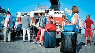 Ποιοι τουρίστες άφησαν το περισσότερο χρήμα στην Ελλάδα το 2019