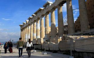 Το κακό και το... εφιαλτικό σενάριο για τον ελληνικό τουρισμό